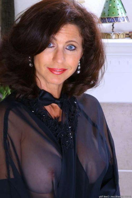 Annonce pour un black pour cougar de Colette à Nancy