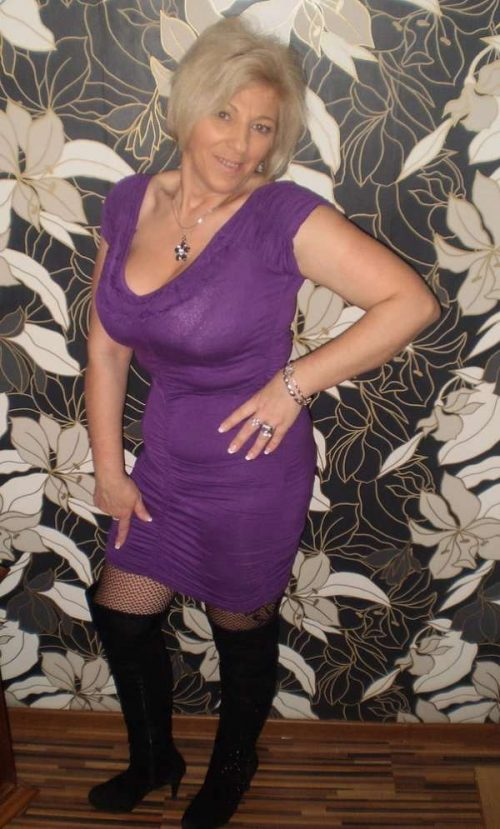 Denise  une maman chaudasse de Nice pour un gars macho pour mature
