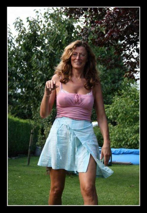 Claudette une daronne chaude de Asnières pour un homme alpha pour cougar