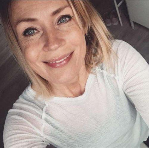 Michelle  une femme d'expérience de Douai pour un gars TBM pour mature
