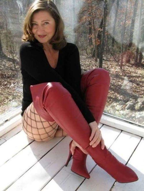 Virginie une mature cougar de Laval pour un mec chaud pour cougar