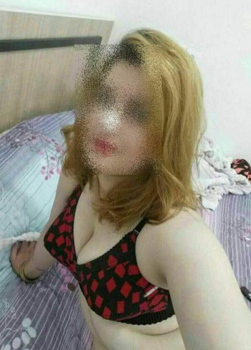 Annonce sexe d'une étudiante timide à Vannes